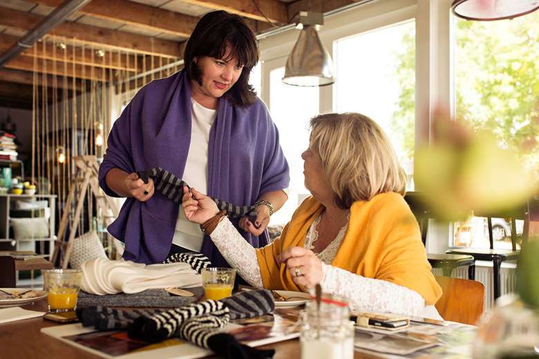 De Reuver knitted fashion Wondervol Hermina de Vries